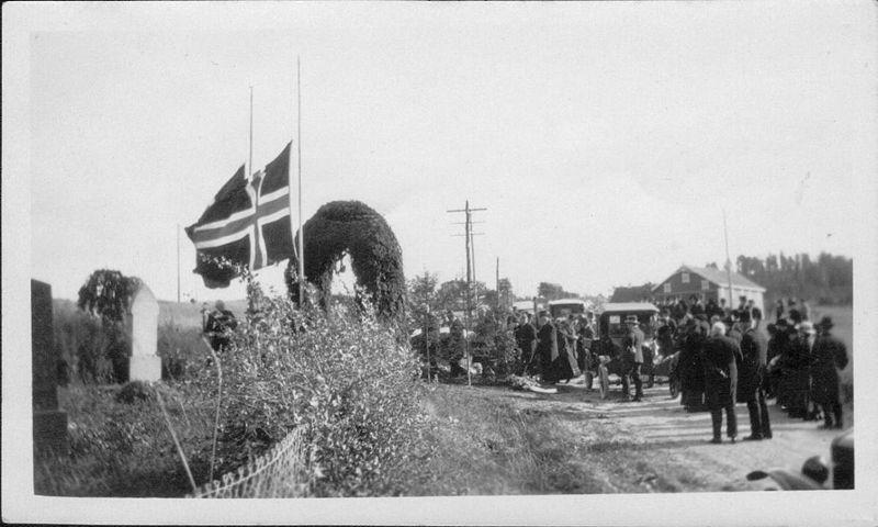 Fra Lorens Bergs begravelse i Kodal